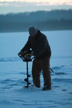Icefishing-14