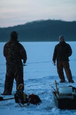 Icefishing-15